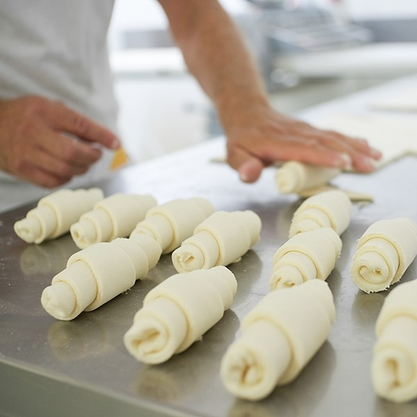 NL_Produktion_Croissants-34_600x600px