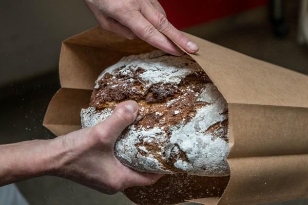 Brot-in-Verpackung